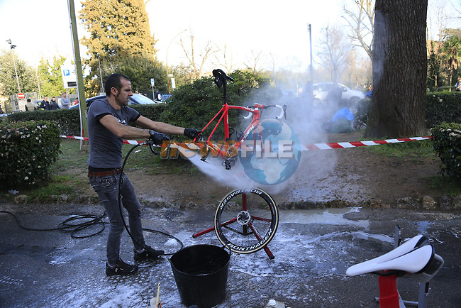 Trek-Segafredo team mechanics wash the bikes at the end of a very dusty Strade Bianche 2019 running 184km from Siena to Siena, held over the white gravel roads of Tuscany, Italy. 9th March 2019.<br /> Picture: Eoin Clarke | Cyclefile<br /> <br /> <br /> All photos usage must carry mandatory copyright credit (© Cyclefile | Eoin Clarke)