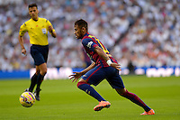 MADRID - ESPAÑA - 25-10-2014: Neymar Jr. jugador de Barcelona durante partido de la Liga de España, Real Madrid y Barcelona en el estadio Santiago Bernabeu de la ciudad de Madrid, España. / Neymar Jr. player of Barcelona during a match between Real Madrid and Barcelona for the Liga of Spain in the Santiago Bernabeu stadium in Madrid, Spain Photo: Asnerp / Patricio Realpe / VizzorImage.