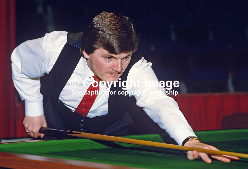Eugene Hughes, Rep of Ireland, professional snooker player, Irish Masters, Goffs, Rep of Ireland, 198503000033c..Copyright Image from Victor Patterson, 54 Dorchester Park, Belfast, UK, BT9 6RJ..Tel: +44 28 9066 1296.Mob: +44 7802 353836.Voicemail +44 20 8816 7153.Skype: victorpattersonbelfast.Email: victorpatterson@mac.com.Email: victorpatterson@ireland.com (back-up)..IMPORTANT: If you wish to use this image or any other of my images please go to www.victorpatterson.com and click on the Terms & Conditions. Then contact me by email or phone with the reference number(s) of the image(s) concerned.
