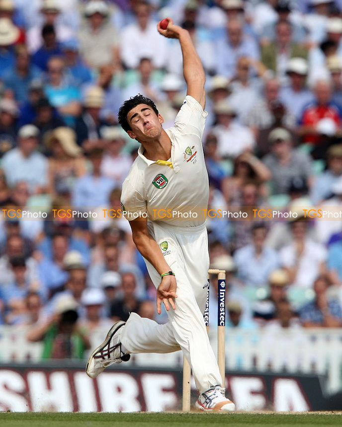 Mitchell Starc of Australia - England vs Australia - 3rd day of the 5th Investec Ashes Test match at The Kia Oval, London - 23/08/13 - MANDATORY CREDIT: Rob Newell/TGSPHOTO - Self billing applies where appropriate - 0845 094 6026 - contact@tgsphoto.co.uk - NO UNPAID USE