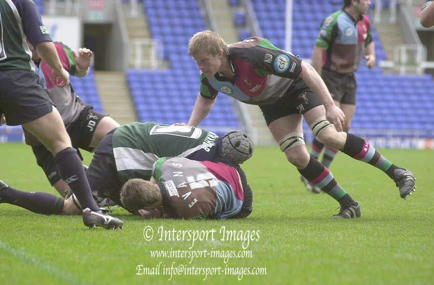Photo. © Peter Spurrier/Intersport Images.04/04/2004  - 2003/04 Zurich Premiership - London Irish v Harlequins... ..