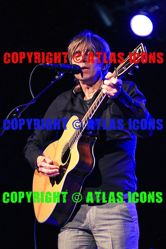 ERIC JOHNSON, LIVE, 2013, PAUL JENDRASIAK