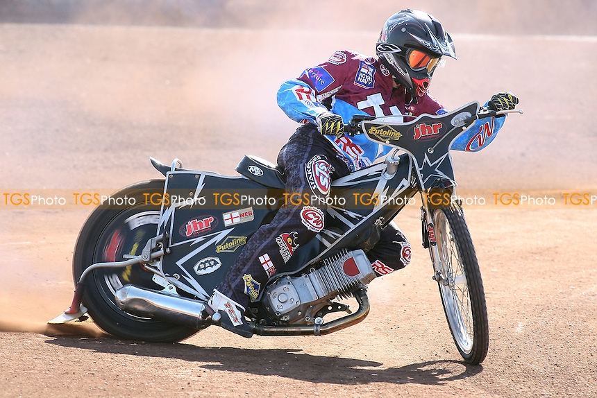 Stuart Robson of Lakeside Hammers in riding action - Lakeside Hammers Speedway Press & Practice Day at Arena Essex Raceway, Purfleet, Essex - 23/03/11 - MANDATORY CREDIT: Gavin Ellis/TGSPHOTO - Self billing applies where appropriate - Tel: 0845 094 6026