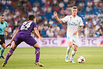 Real Madrid's Toni Kroos and Fiorentina's Marco Benassi during XXXVIII Santiago Bernabeu Trophy at Santiago Bernabeu Stadium in Madrid, Spain August 23, 2017. (ALTERPHOTOS/Borja B.Hojas)
