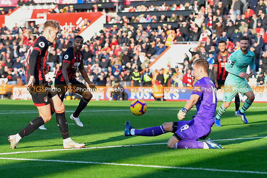 David Brooks of AFC Bournemouth has a chance foiled by Bernd Leno of Arsenal during AFC Bournemouth vs Arsenal, Premier League Football at the Vitality Stadium on 25th November 2018