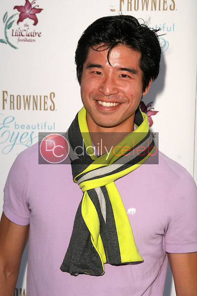 Jon Lee Brody<br /> at the Hampton Chic Yacht Party to Launch &quot;Beautiful Eyes&quot; by Frownies, FantaSea Yacht Club, Hosted by Snooki, Marina Del Rey, CA. 09-27-10<br /> David Edwards/DailyCeleb.com 818-249-4998