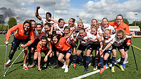 20170514 - LILLE , FRANCE : LOSC's players with Silke Demeyere, Jana Coryn and Maud Coutereels pictured celebrating the Championship title after their win in the 21 st competition game between the women teams of Lille OSC and La Roche Sur Yon in the 2016-2017 season of the Second Division A D2F A at stade Lille Metropole , Saturday 14th May 2017 ,  PHOTO Joke Vuylsteke | Sportpix.Be