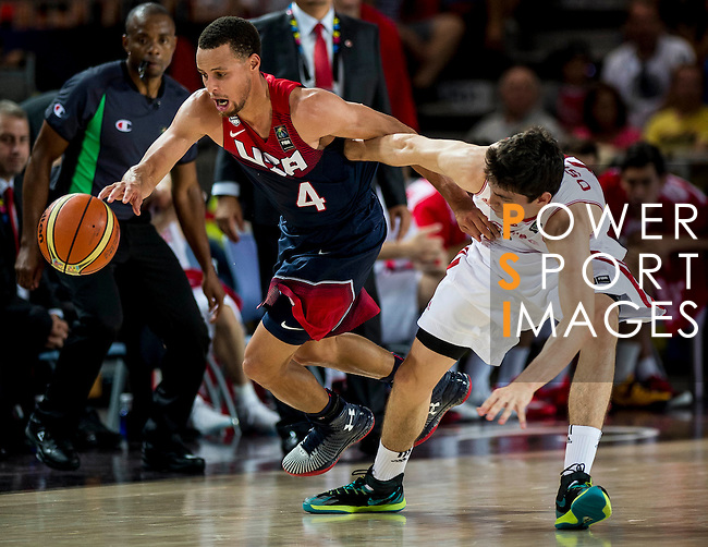 Stephen Curry of United States of America and Cedi Osman of Turkey during FIBA Basketball World Cup 2014 group C between United States of America vs Turkey  on August 31, 2014 at the Bilbao Arena stadium in Bilbao, Spain. Photo by Nacho Cubero / Power Sport Images