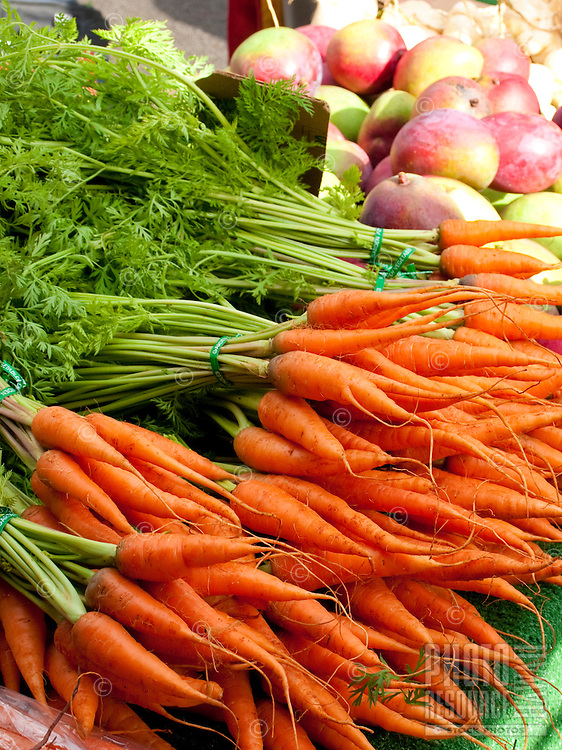 Fresh carrots sold at the Kapiolani community college farmers market
