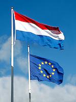 Vlaggen van Nederland en van Europa