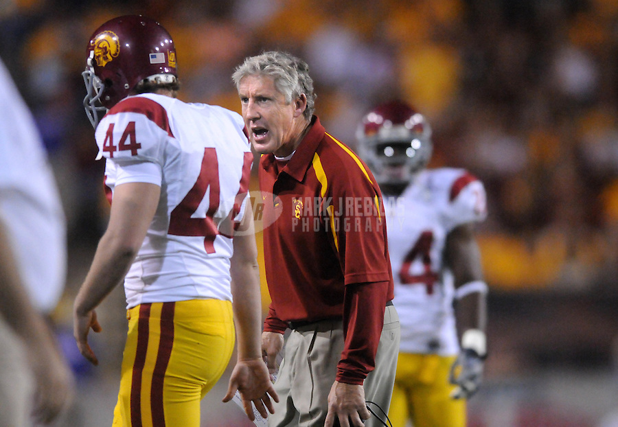 Nov 22, 2007; Tempe, AZ, USA; Southern California Trojans head coach Pete Carroll yells at punter Greg Woidneck after a blocked punt against the Arizona State Sun Devils at Sun Devil Stadium. Mandatory Credit: Mark J. Rebilas-US PRESSWIRE
