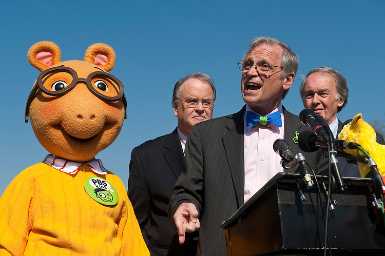 UNITED STATES - FEBRUARY 16: From left, Arthur,  the aardvark from PBS Kids, Rep. Sam Farr, D-Calif., Rep. Earl Blumenauer, D-Ore., and Rep. Edward Markey, D-Mass., hold a news conference to announce efforts to oppose de-funding of the Corporation for Public Broadcasting, including an amendment to the continuing resolution. on Wednesday, Feb. 16 , 2011. (Photo By Bill Clark/Roll Call)