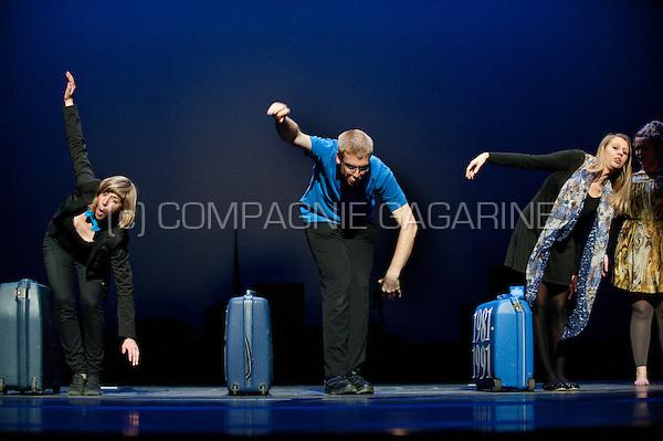 """Theatre company De Dijlezonen playing """"Dhondert"""", directed by Marleen Vandeput  (Belgium, 26/04/2012)"""