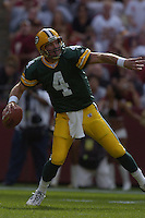31 October 2004:  Brett Favre unloads a deep ball for Javon Walker.<br />