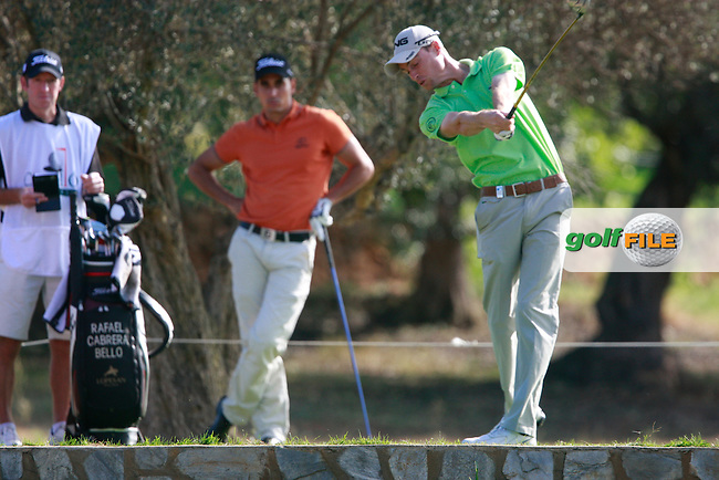 Rhys Davies (WAL) tees off the 3rd tee during Thursday's Round 1 of the Castello Masters at the Club de Campo del Mediterraneo, Castellon, Spain, 20th October 2011 (Photo Eoin Clarke/www.golffile.ie)