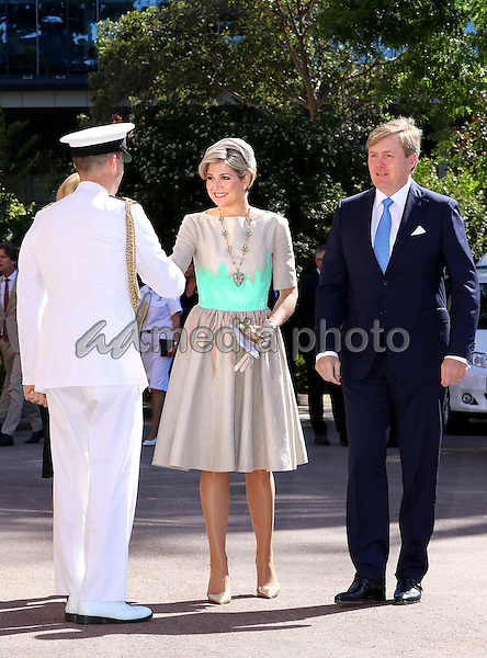 31-10-2016 Australie Queen Maxima and King Willem-Alexander during the 1st of the 5 day state visit to Australia. The visit started with the traditional welcome by Aboriginals in Perth. A meeting with the governor, Mr. Sanderson and a walk along the Feemantle harbor and Welcome Walls. Visiting the Western Australian Maritime museum and unveiling a Dirk Hartog dish and a visit tot he Shipwreck galleries. Photo Credit: PPE/face to face/AdMedia