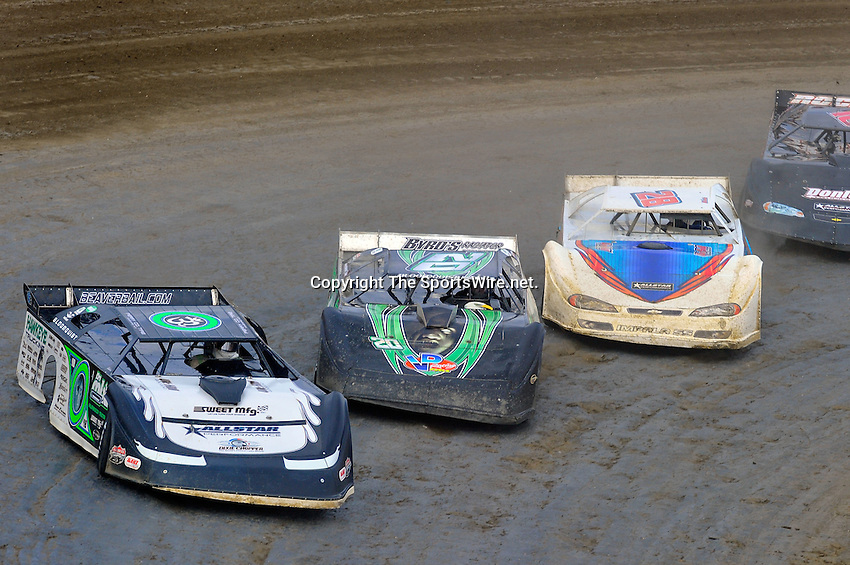 Feb 06, 2010; 3:42:37 PM; Gibsonton, FL., USA; The Lucas Oil Dirt Late Model Racing Series running The 34th Annual Dart WinterNationals at East Bay Raceway Park.  Mandatory Credit: (thesportswire.net)