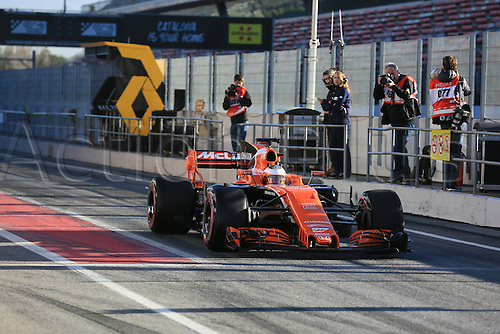 March 7th 2017, Circuit de Barcelona-Catalunya, Barcelona, Spain, Formual 1 winter testing session 2 day 1;  Stoffel Vandoorne - McLaren Honda MCL32