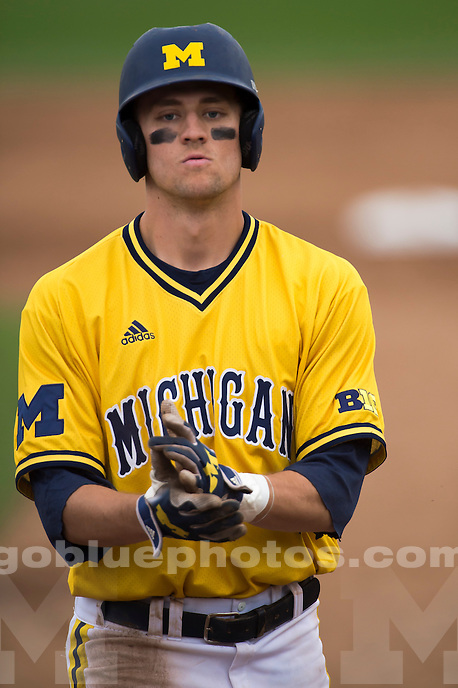 The University of Michigan baseball team loses to UC Davis, 4-3, at Davis, Calif., on March 3, 2016.