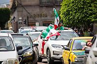 Querétaro, Qro. 23 de junio de 2018.- Aficionados al futbol celebran la victoria 2-1 contra su par de Corea en el mundial de futbol  Rusia 2018.-