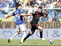 Calcio, Serie A: Genova, Stadio Luigi Ferraris, 24 settembre 2017. <br /> Milan's Patrick Cutrone (r) in action with Sampdoria's Matias Silvestre (l) during the Italian Serie A football match between Sampdoria and Milan at Genova's Luigi Ferraris stadium. September 24, 2017.<br /> UPDATE IMAGES PRESS/Isabella Bonotto