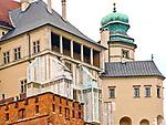 Kurza Stopka, zwana także Kurzą Nogą - wieża, belwederek, podporę wschodniego skrzydła Zamku Królewskiego na Wawelu, Kraków, Polska<br /> Kurza Stopka Tower, the  the support of the eastern wing of the Wawel Royal Castle, Cracow, Poland