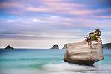 NEW ZEALAND, Coromandel Peninsula, Cathedral Cove at Sunset, Ben M Thomas