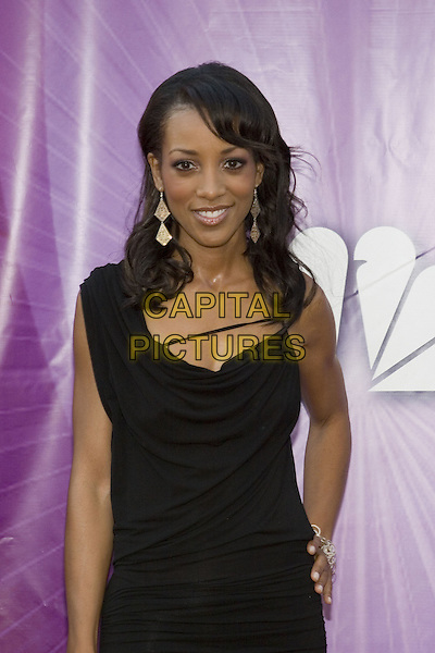 25 July 2005 - Los Angeles, California - Shaun Robinson.  2005 NBC Network All Star Celebration Arrivals held at the Century Club.  Photo Credit: Zach Lipp/AdMedia