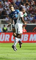 Aaron Hunt (Hamburger SV) gegen Jetro Willems (Eintracht Frankfurt) - 05.05.2018: Eintracht Frankfurt vs. Hamburger SV, Commerzbank Arena, 33. Spieltag Bundesliga