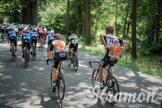 'the mule': Sjoerd van Ginneken (NED/Roompot-Nederlandse Loterij) bringing bidons back from the teamcar to his teammates <br /> <br /> Ster ZLM Tour (2.1)<br /> Stage 2: Tholen &gt; Hoogerheide (186.8km)
