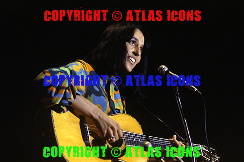 Joan Baez, 1970<br /> Photo Credit: Baron Wolman\AtlasIcons.com
