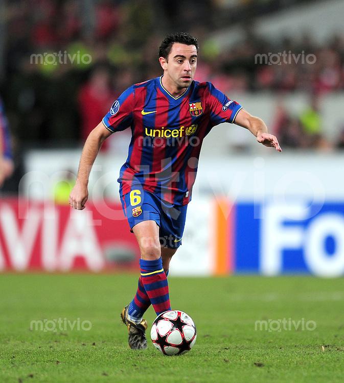 FUSSBALL  International  Champions   League  Hinspiel   SAISON 2009/2010    VfB Stuttgart -  FC Barcelona      23.02.2010 Xavi Hernandez (Barca)
