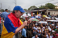BOGOTA, Colombia. 2nd June 2014. Juan Manuel Santos, speaks to his supporters after a walk in Barranquilla, during his tour of the country for re-election in runoff. SANTOS Campaign/Juan José Horta / VIEWpress TO EDITORS : THIS PICTURE WAS PROVIDED BY A THIRD PARTY.  THIS PICTURE IS DISTRIBUTED EXACTLY AS RECEIVED BY VIEWpress, AS A SERVICE TO CLIENTS