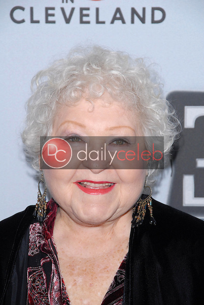 Estelle Harris<br />