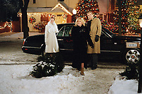 Surviving Christmas (2004)<br /> Jennifer Morrison, David Selby &amp; Stephanie Faracy<br /> *Filmstill - Editorial Use Only*<br /> CAP/KFS<br /> Image supplied by Capital Pictures