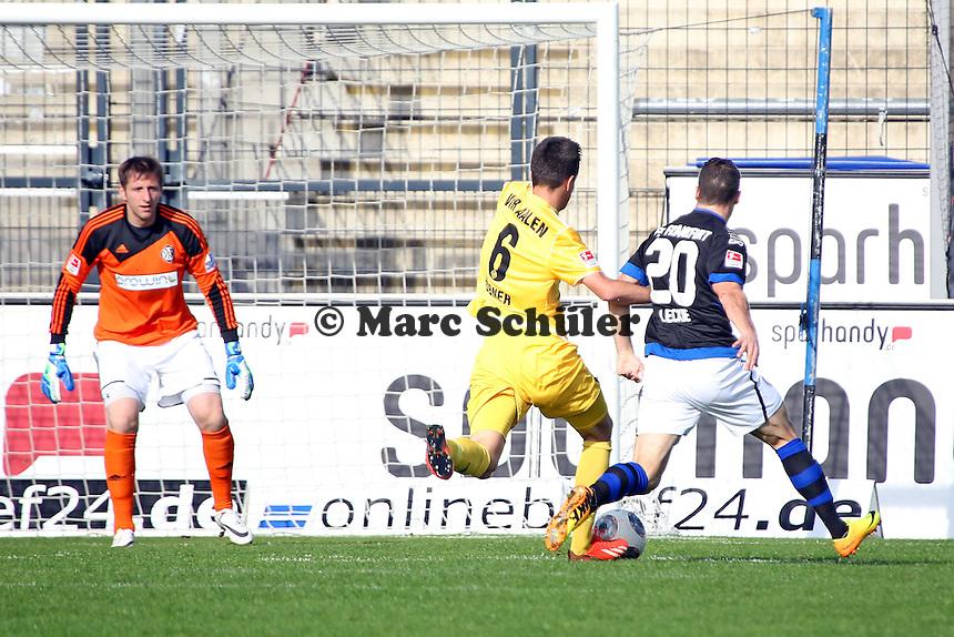 Mathew Leckie (FSV) gegen Benjamin Hübner (Aalen)- FSV Frankfurt vs. VfR Aalen, Frankfurter Volksbank Stadion
