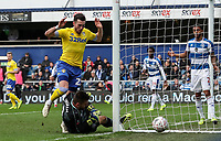 Leeds United's Jack Harrison can't beat Queens Park Rangers' goalkeeper Matt Ingram to the ball before it goes out of play<br /> <br /> Photographer Andrew Kearns/CameraSport<br /> <br /> The Emirates FA Cup Third Round - Queens Park Rangers v Leeds United - Sunday 6th January 2019 - Loftus Road - London<br />  <br /> World Copyright &copy; 2019 CameraSport. All rights reserved. 43 Linden Ave. Countesthorpe. Leicester. England. LE8 5PG - Tel: +44 (0) 116 277 4147 - admin@camerasport.com - www.camerasport.com