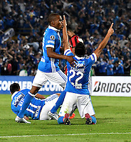 BOGOTA- COLOMBIA – 08-02-2017: John Duque (Der.)  jugador de Millonarios de Colombia, celebra el gol anotado a Atletico Paranaense de Brasil, durante partido entre Millonarios de Colombia y Atletico Paranaense de Brasil, por la segunda fase, llave 1 de la Copa Conmebol Libertadores Bridgestone 2017,en el estadio Nemesio Camacho El Campin, de la ciudad de Bogota. / John Duque (R) player of Millonarios of Colombia, celebrates a scored goal to Atletico Paranaense of Brasil, during a match between Millonarios of Colombia and Atletico Paranaense of Brasil, for the second phase, key1, of the Conmebol Copa Libertadores Bridgestone 2017 at the Nemesio Camacho El Campin in Bogota city. VizzorImage / Luis Ramirez / Staff.