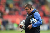 Bath Rugby first team coach Toby Booth calls out during the pre-match warm-up. Gallagher Premiership match, between Leicester Tigers and Bath Rugby on May 18, 2019 at Welford Road in Leicester, England. Photo by: Patrick Khachfe / Onside Images