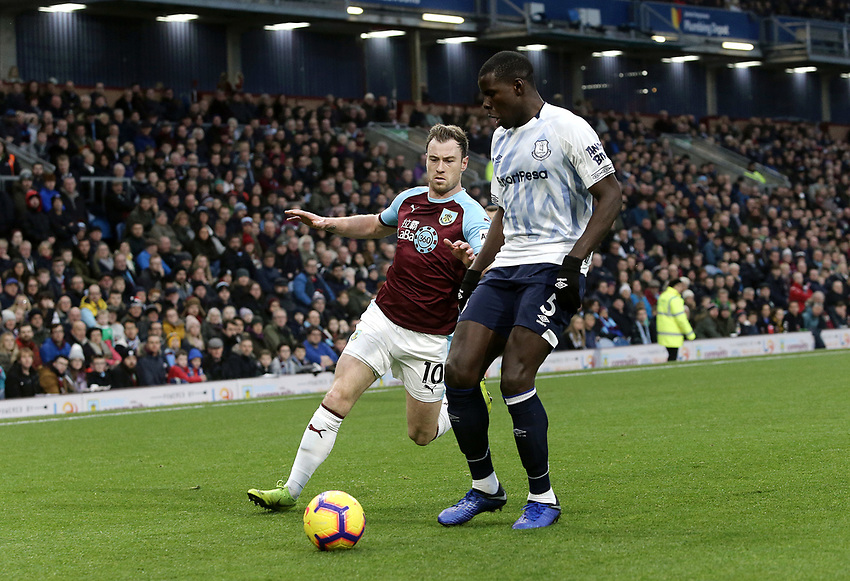 Everton's Kurt Zouma under pressure from  Burnley's Ashley Barnes<br /> <br /> Photographer Rich Linley/CameraSport<br /> <br /> The Premier League - Burnley v Everton - Wednesday 26th December 2018 - Turf Moor - Burnley<br /> <br /> World Copyright © 2018 CameraSport. All rights reserved. 43 Linden Ave. Countesthorpe. Leicester. England. LE8 5PG - Tel: +44 (0) 116 277 4147 - admin@camerasport.com - www.camerasport.com