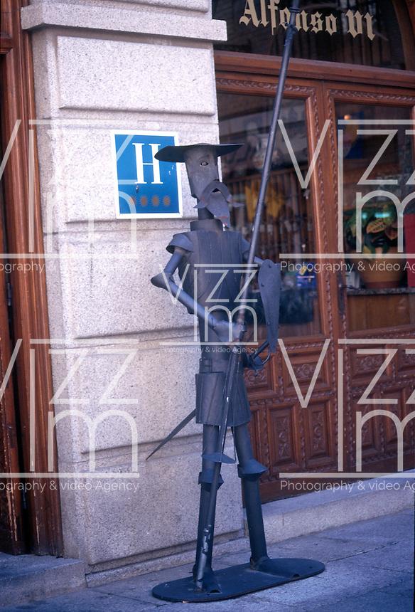 TOLEDO- ESPAÑA- 28-06-2005. Hotel Alfonso VI ubicado en el centro histórico de Toledo. Alfonso VI Hotel located in the historic center of Toledo. (Photo: VizzorImage).........