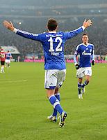 FUSSBALL   1. BUNDESLIGA   SAISON 2012/2013    18. SPIELTAG FC Schalke 04 - Hannover 96                           18.01.2013 Jubel nach dem 3:2: Marco Hoeger (li) Julian Draxler (re, beide FC Schalke 04)