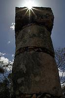 Templo de los Guerreros y de las 1000 columnas.<br /> Zona arqueologica de Chichen Itza Zona arqueol&oacute;gica  <br /> Chich&eacute;n Itz&aacute;Chich&eacute;n Itz&aacute; maya: (Chich&eacute;n) Boca del pozo; <br /> de los (Itz&aacute;) brujos de agua. <br /> Es uno de los principales sitios arqueol&oacute;gicos de la <br /> pen&iacute;nsula de Yucat&aacute;n, en M&eacute;xico, ubicado en el municipio de Tinum.<br /> *Photo:&copy;Francisco* Morales/DAMMPHOTO.COM/NORTEPHOTO<br /> <br /> <br /> * No * sale * a * third *