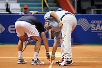 SAO PAULO 27 DE FEVEREIRO DE 2014 - BRASIL OPEN SAO PAULO 2014 - O tenista italiano Paolo Lorenzi (camisa azul) venceu o brasileiro Rogério Dutra (camisa branca) numa disputa acirrada, de 2 sets a 0, no fim da tarde de hoje, quinta - feira, 27. O Brasil Open acontece no Ginásio do Ibirapuera, na cidade de São Paulo durante os dias 22 de fevereiro a 01 de março. foto: Paulo Fischer/ Brazil Photo Press.