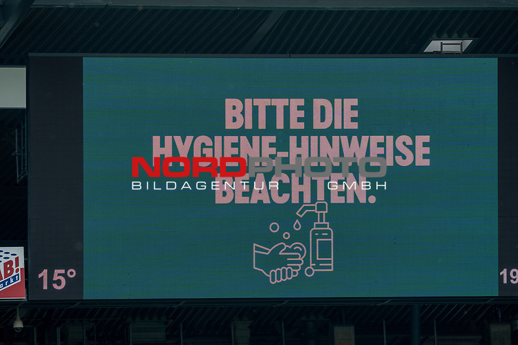 Anzeigentafel mit dem Hinweis die Hygiene - Hinweise zu beachten<br /> <br /> Sport: Fussball: 1. Bundesliga: Saison 19/20: <br /> 26. Spieltag: SV Werder Bremen vs Bayer 04 Leverkusen, 18.05.2020<br /> <br /> Foto ©  gumzmedia / Nordphoto / Andreas Gumz / POOL <br /> <br /> Nur für journalistische Zwecke! Only for editorial use!<br />  DFL regulations prohibit any use of photographs as image sequences and/or quasi-video.