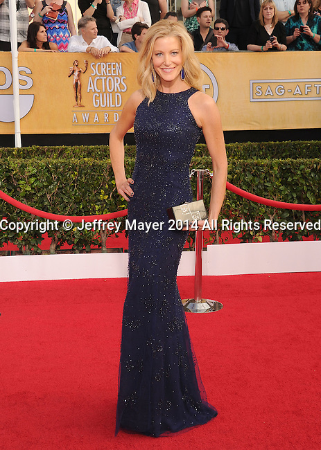 LOS ANGELES, CA- JANUARY 18: Actress Anna Gunn arrives at the 20th Annual Screen Actors Guild Awards at The Shrine Auditorium on January 18, 2014 in Los Angeles, California.