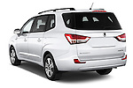Car pictures of rear three quarter view of 2014 Ssangyong Rodius Sapphire 5 Door Minivan Angular Rear