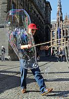 Reuze bellen blazen in Amsterdam