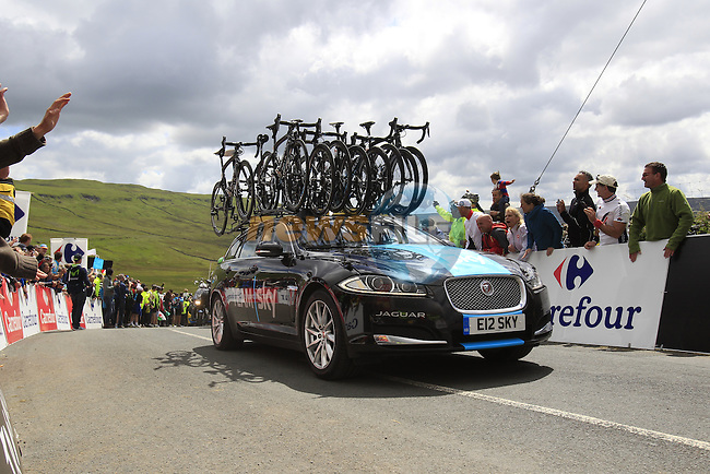 Team Sky car crosses the summit of Cote de Cray on Stage 1 of the 2014 Tour de France running 190.5km from Leeds to Harrogate. 5th July 2014.<br /> Picture: Eoin Clarke www.newsfile.ie