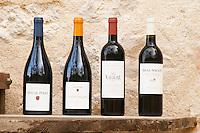 Coteaux du Languedoc, Ugni Blanc Vins de Pays de l'Herault, Mas Nicot La Valiere. Mas de Perry, Mas Nicot. Terrasses de Larzac. Languedoc. France. Europe. Bottle.
